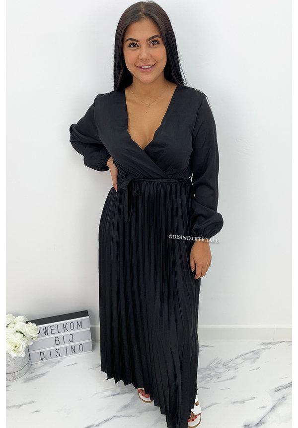 BLACK - 'JASMINE' - SATIN LONG SLEEVE PLISSE MAXI DRESS