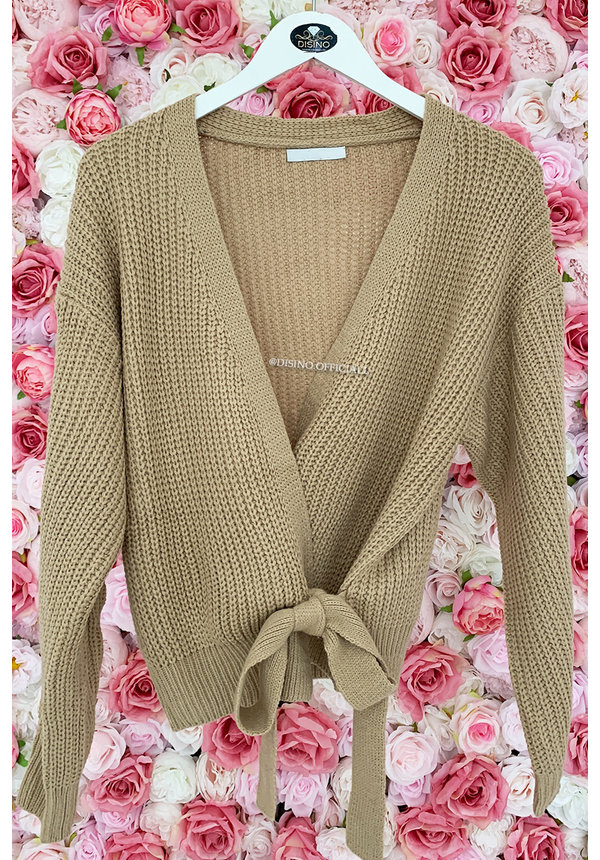 TAUPE - 'COZY' - KNITTED WIKKEL VEST