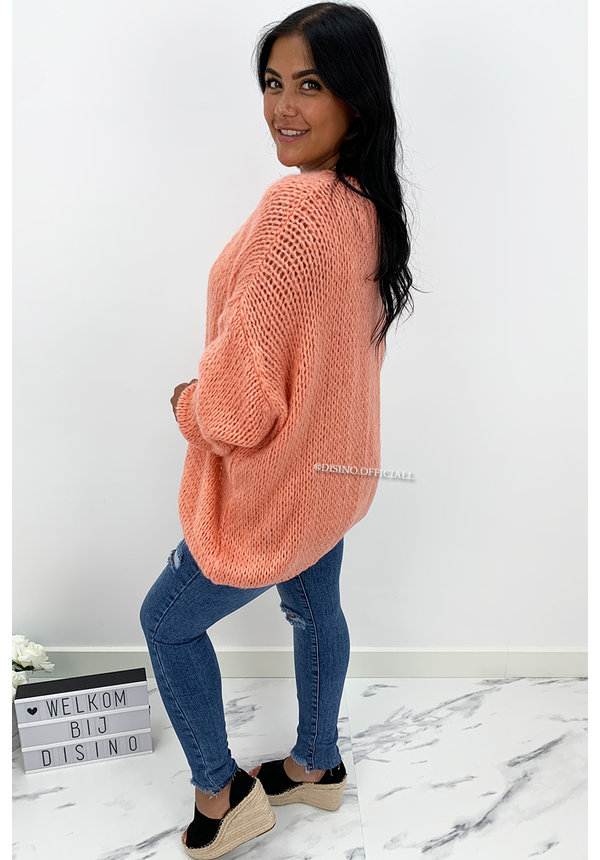 PEACH - 'ADRIANA' - COZY KNITTED BALLOON VEST
