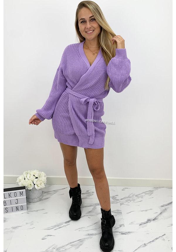 LILA  - 'COZY DRESS' - KNITTED WIKKEL VEST DRESS