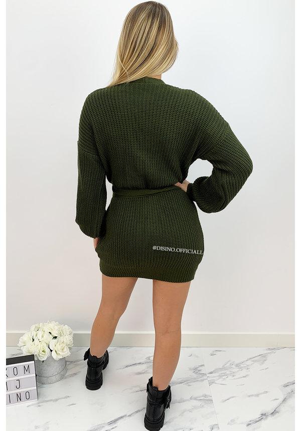ARMY GREEN - 'COZY DRESS' - KNITTED WIKKEL VEST DRESS