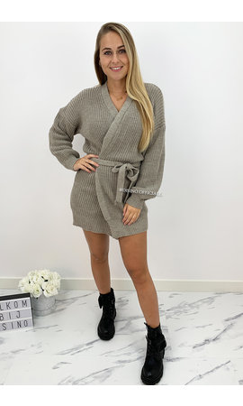 SAND - 'COZY DRESS' - KNITTED WIKKEL VEST DRESS