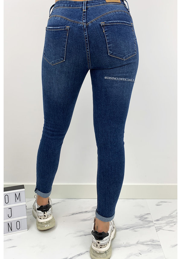 QUEEN HEARTS JEANS - MEDIUM BLUE - PUSH UP SKINNY ROLL UP - 674