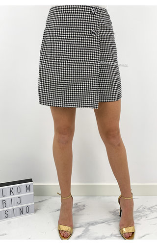BLACK - 'FAITH' - INSPIRED PRINT MINI SKIRT