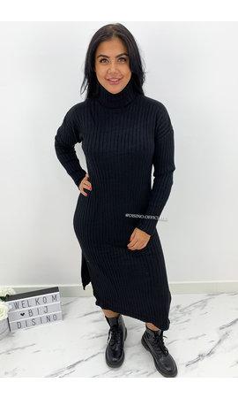 BLACK - 'KAYA' - SUPER COMFY RIBBED SPLIT COL DRESS