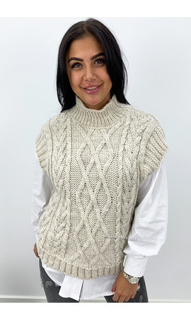 SAND - 'NAEMI' - CABLE KNIT SPENCER