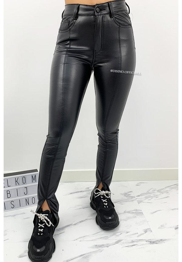 BLACK - 'RILEY FRONT SPLIT' - PU SUPER STRETCH FRONT SPLIT PANTS