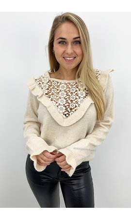 CREME - 'LILLY' - SOFT TOUCH RUFFLE SWEATER