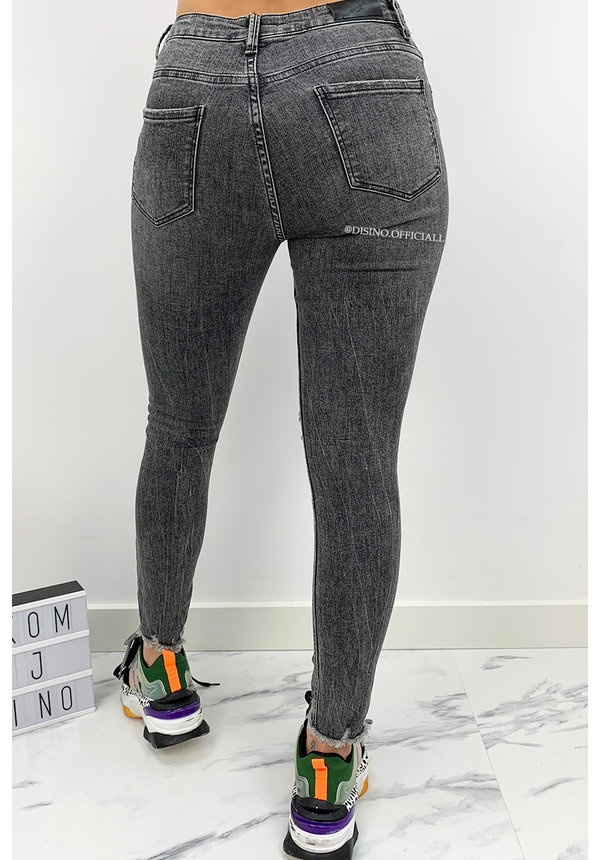 QUEEN HEARTS JEANS - GREY - PERFECT RIPPED SKINNY - 731