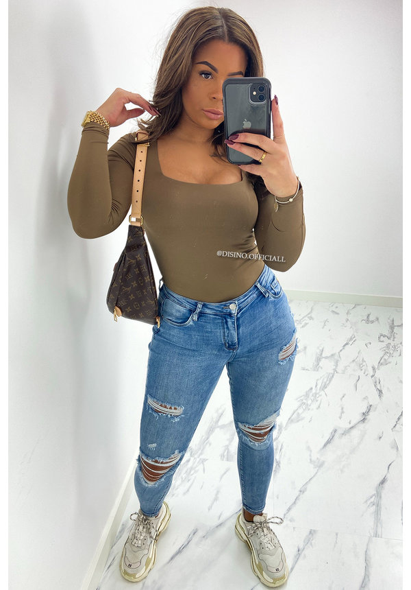 BROWN - 'NICOLE' - PERFECT FIT LONG SLEEVE TOP