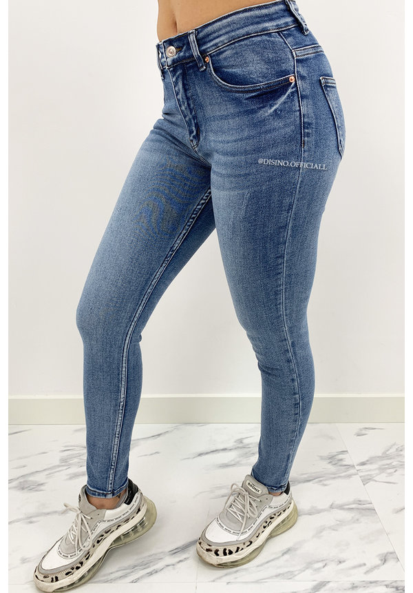 MISS ANNA - WHITEWASH BLUE - PERFECT BASIC SKINNY JEANS