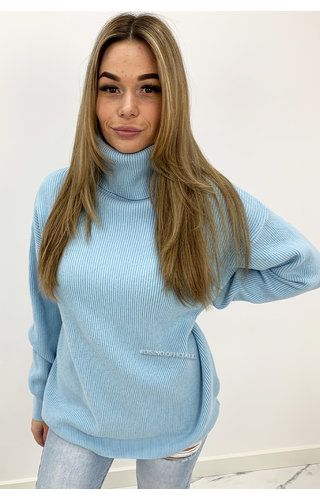 LIGHT BLUE - 'VANESSA COL' - OVERSIZED PREMIUM MAXI KNIT COL