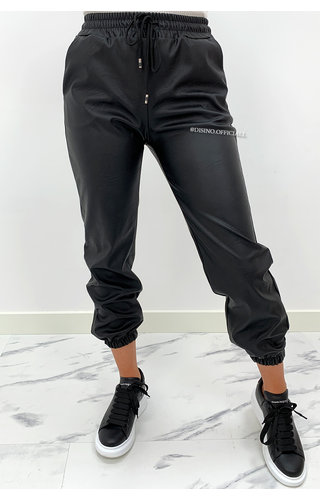 BLACK - 'KIKI' - VEGAN LEATHER JOGGER PANTS