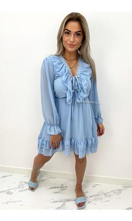 LIGHT BLUE - 'ANNEROOS V2' - V NECK RUFFLE DRESS
