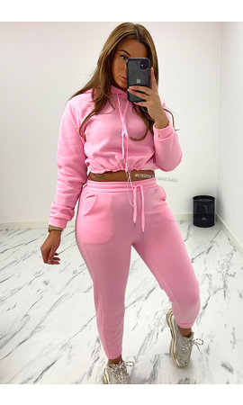 CANDY PINK - 'STEFFANIE' - CROPPED JOGGER SET