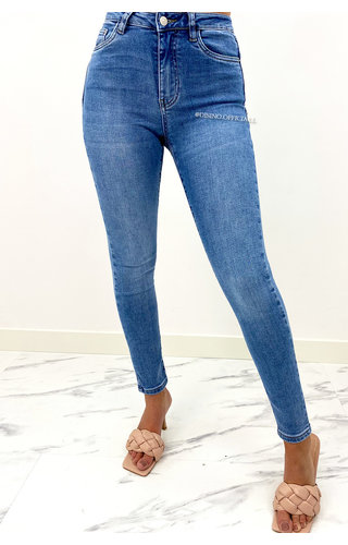 QUEEN HEARTS JEANS - BLUE - PERFECT PUSH UP JEANS - 840