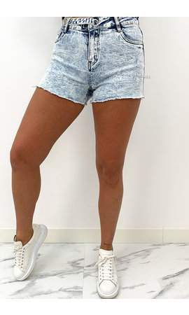 QUEEN HEART JEANS - WHITE WASH BLUE - SUPER STRETCH SHORTY - 023