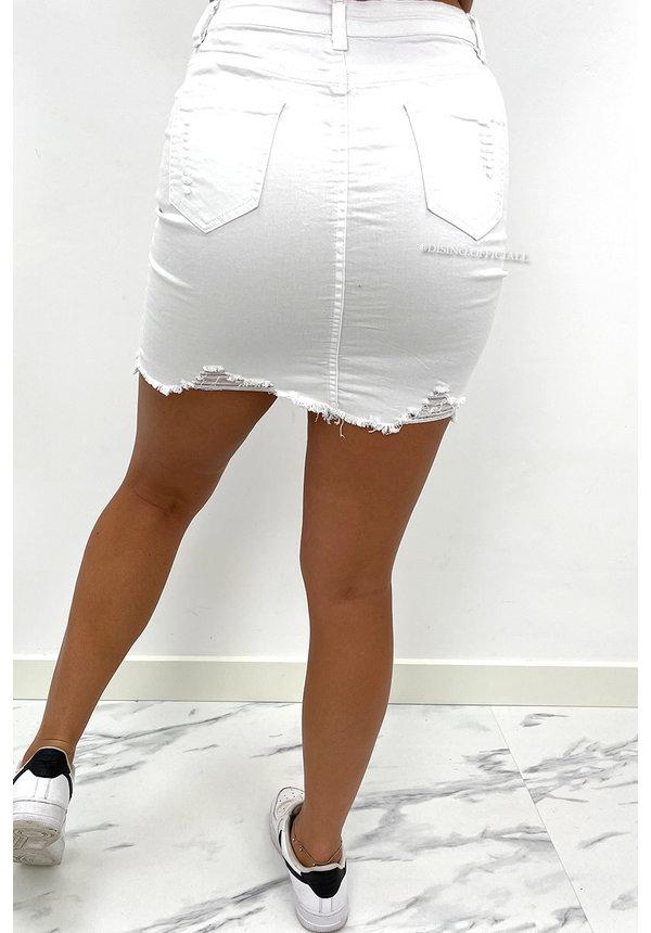 WHITE - 'LISA' - SUPER STRETCH DISTRESSED DENIM SKIRT