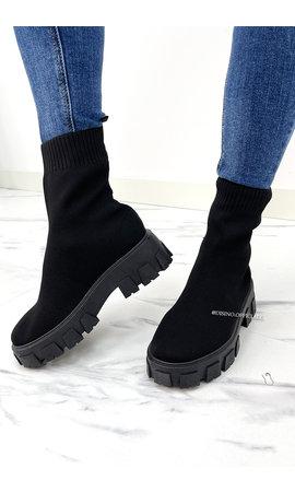 BLACK - 'AMEY' - INSPIRED SOCKET BOOTS