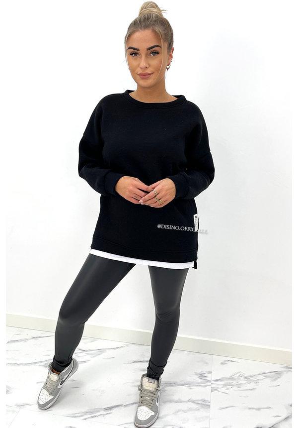 BLACK - 'XENNA' - OVERSIZED INSPIRED ZIPPER SWEATER