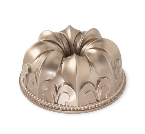 Nordic Ware Fleur de Lis Pan Toffee 10-cup