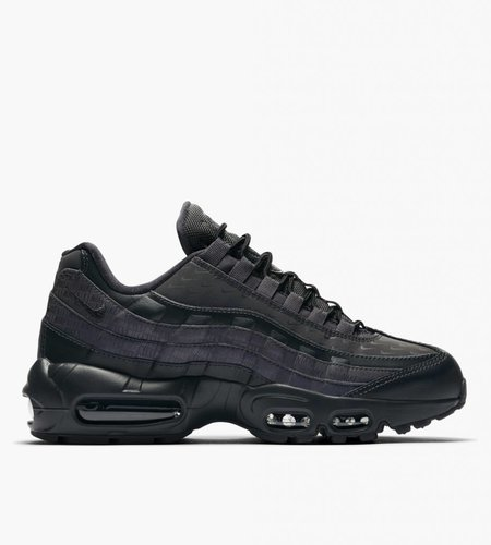the best attitude b92a1 fddf2 ... official store nike nike wmns air max 95 lx oil grey oil grey d09c9  8d4ac
