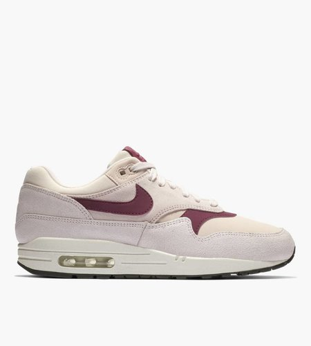 Nike Nike Wmns Air Max 1 Premium Barely Rose Summit True Berry