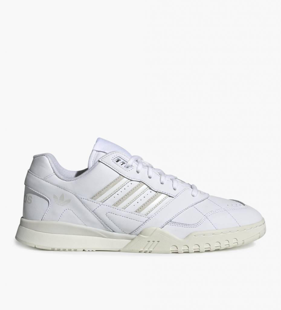 7ec277a0094 Adidas A. R. Trainer Ftwr White Raw White Off White - Baskèts Stores ...