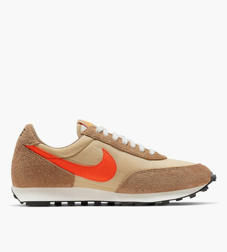 Nike Nike Daybreak SP Vegas Gold College Orange Rocky Tan