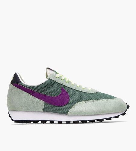 Nike Nike Daybreak Silver Pine Hyper Violet Pistachio Frost