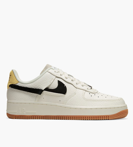Nike WMNS AIR FORCE 1 '07 LXX Sail Black Chrome Yellow White