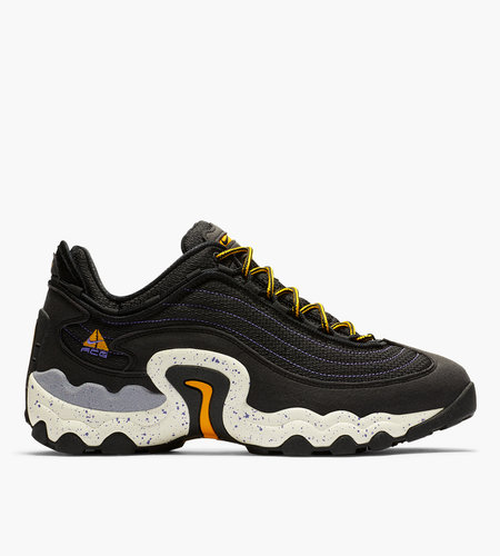 Nike Nike ACG Air Skarn Black University Gold  Psychic Purple
