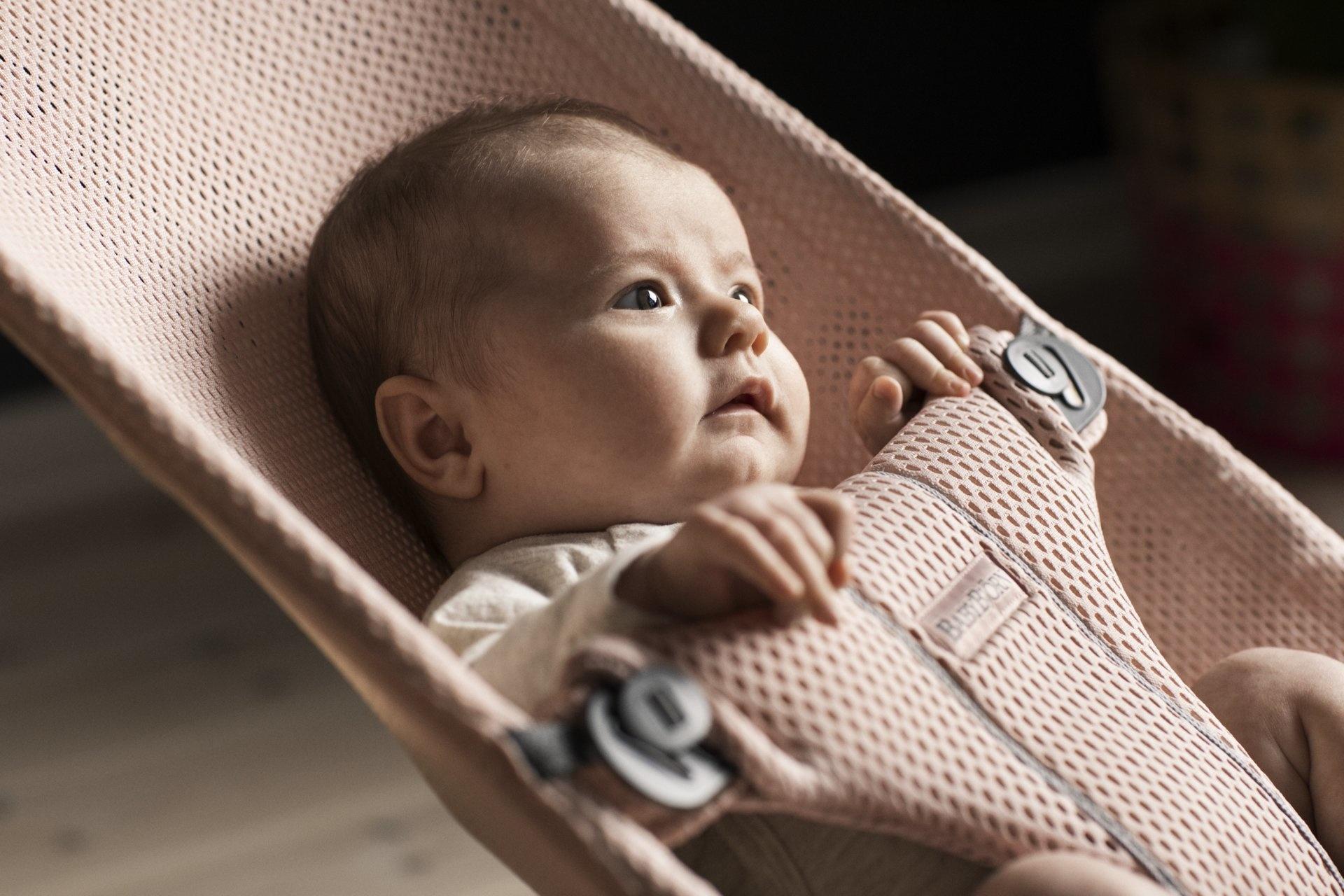 BABYBJÖRN Babybjörn Wipstoeltje Bliss 3d Mesh  Pearly Pink / Parelroze