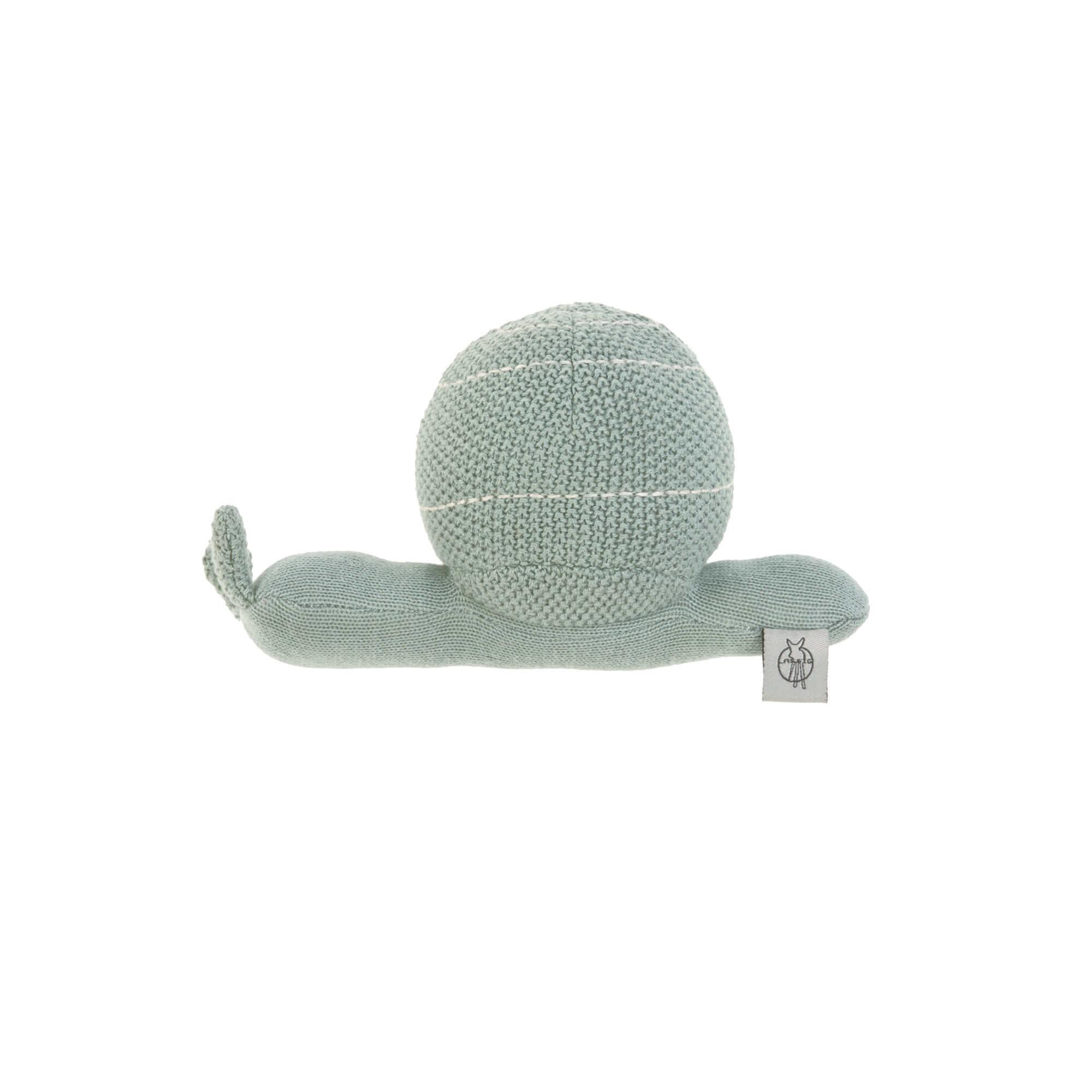 Lässig gebreid speeltje en knuffel met rammelaar Garden Explorer Snail blue