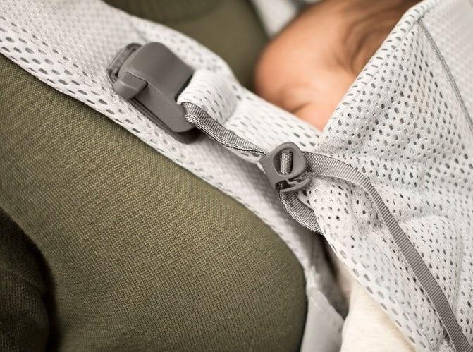 BABYBJÖRN BABYBJÖRN Babytrage One Air  - Schwarzes Netz