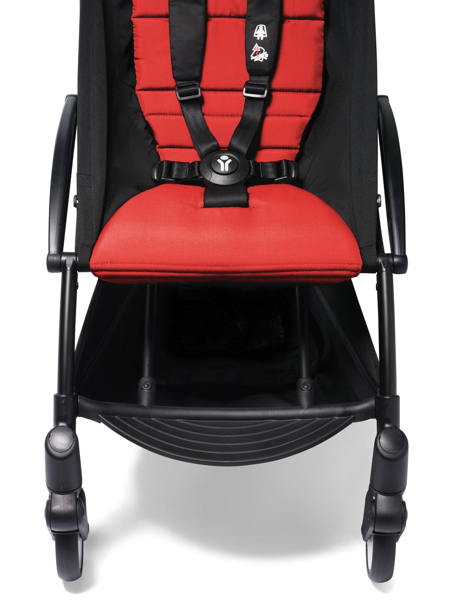 Babyzen Babyzen YOYO² buggy COMPLEET / FULL SET 0+ and 6+ rood frame wit incl. YOYO² BeSafe autostoel zwart