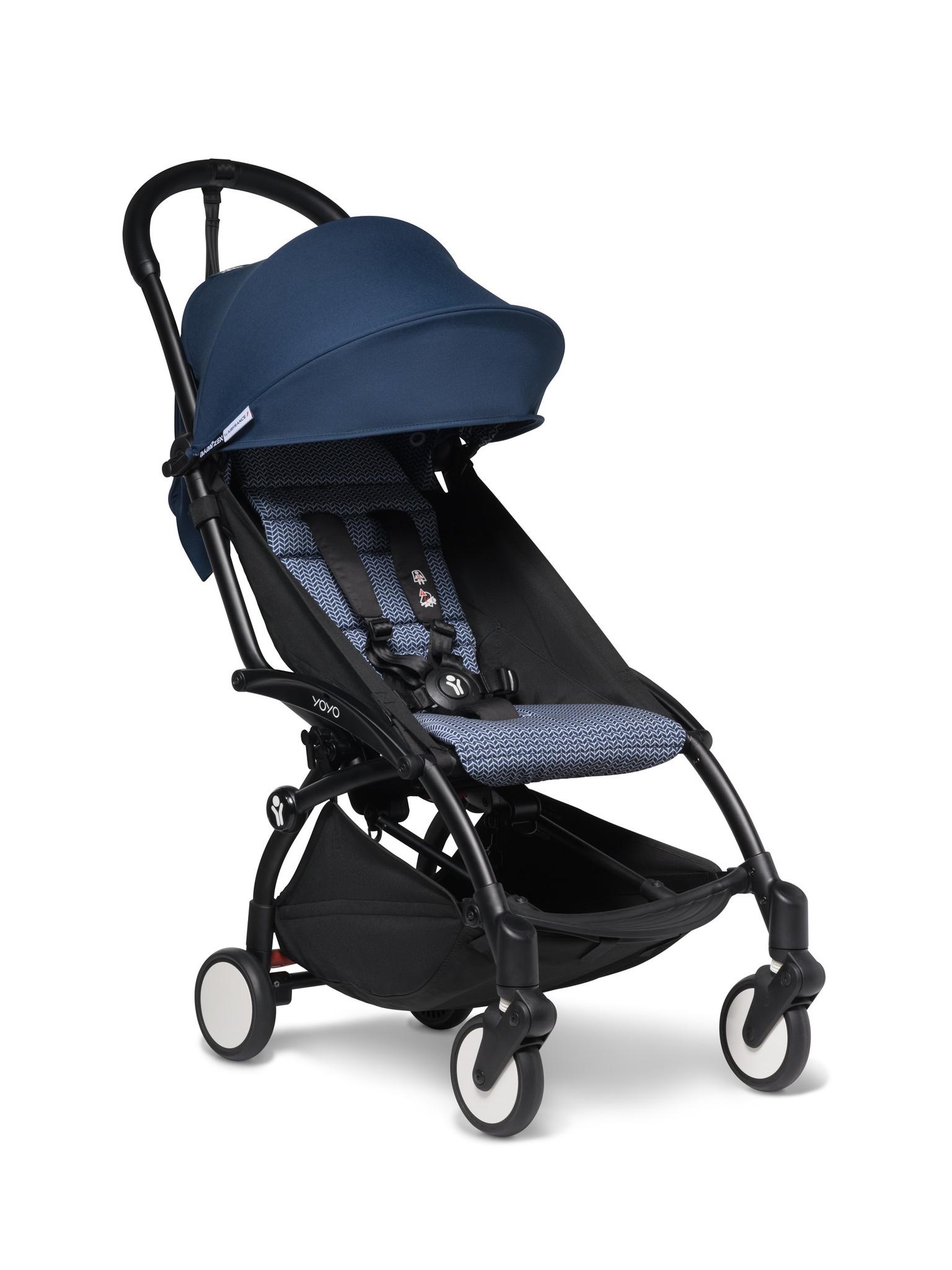 Babyzen Babyzen YOYO² buggy COMPLEET / FULL SET 0+ and 6+ navy AirFrance frame zwart incl. YOYO² BeSafe autostoel zwart