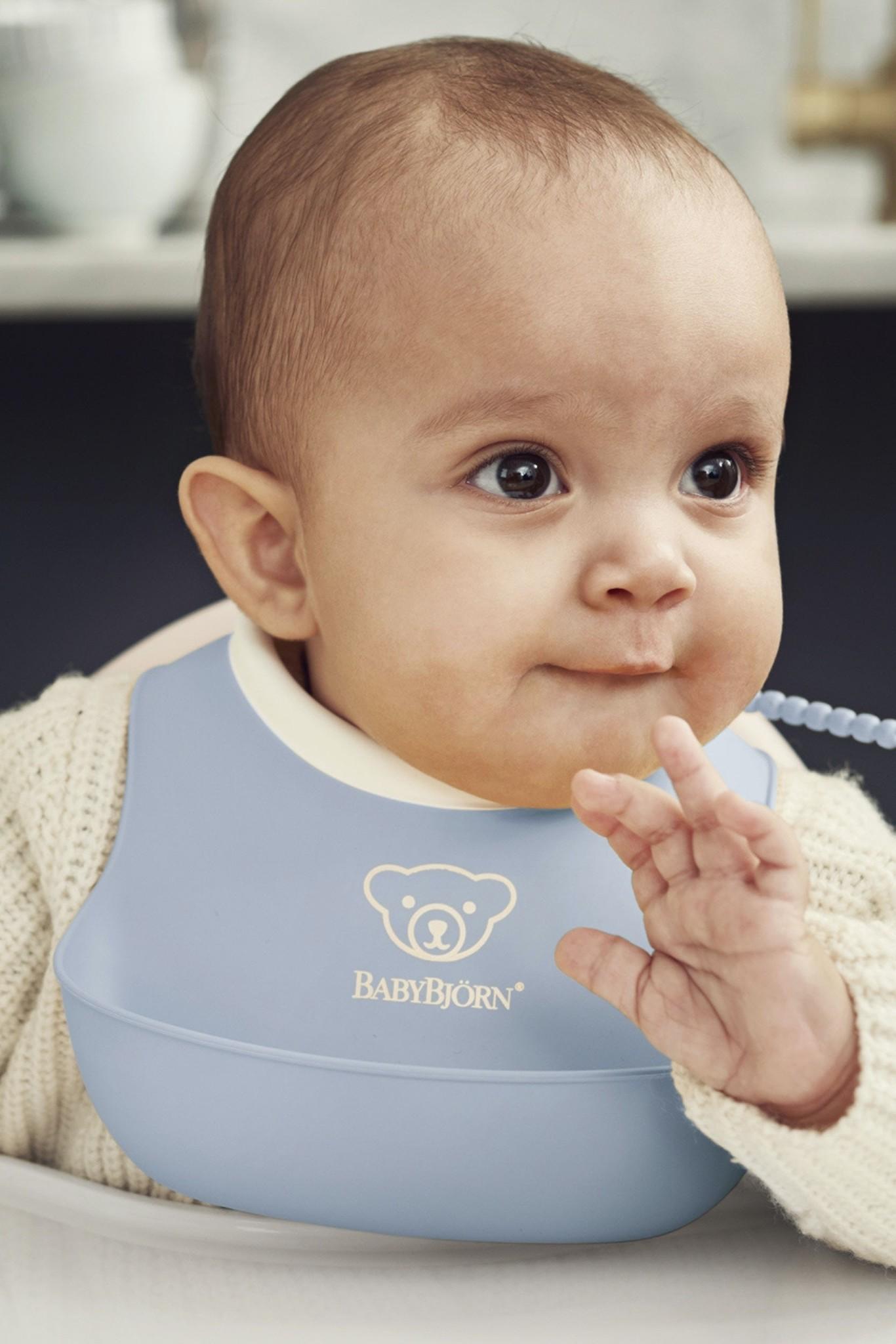 BABYBJÖRN BABYBJÖRN Lätzchen Set groß und klein Pastellblau