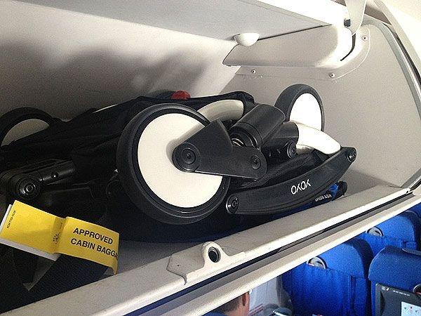 Babyzen Babyzen YOYO² buggy vanaf 6 maanden inclusief beensteun -  AirFrance met frame zwart