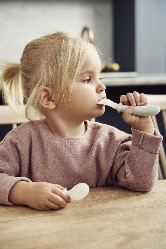 BABYBJÖRN BABYBJÖRN Babylepel en Vork, 4-delig Pastelgroen