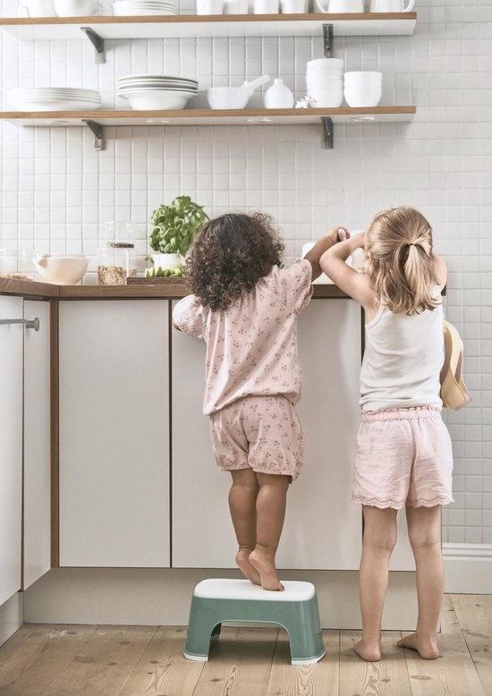BABYBJÖRN BABYBJÖRN Opstapkrukje Diepgroen/Wit