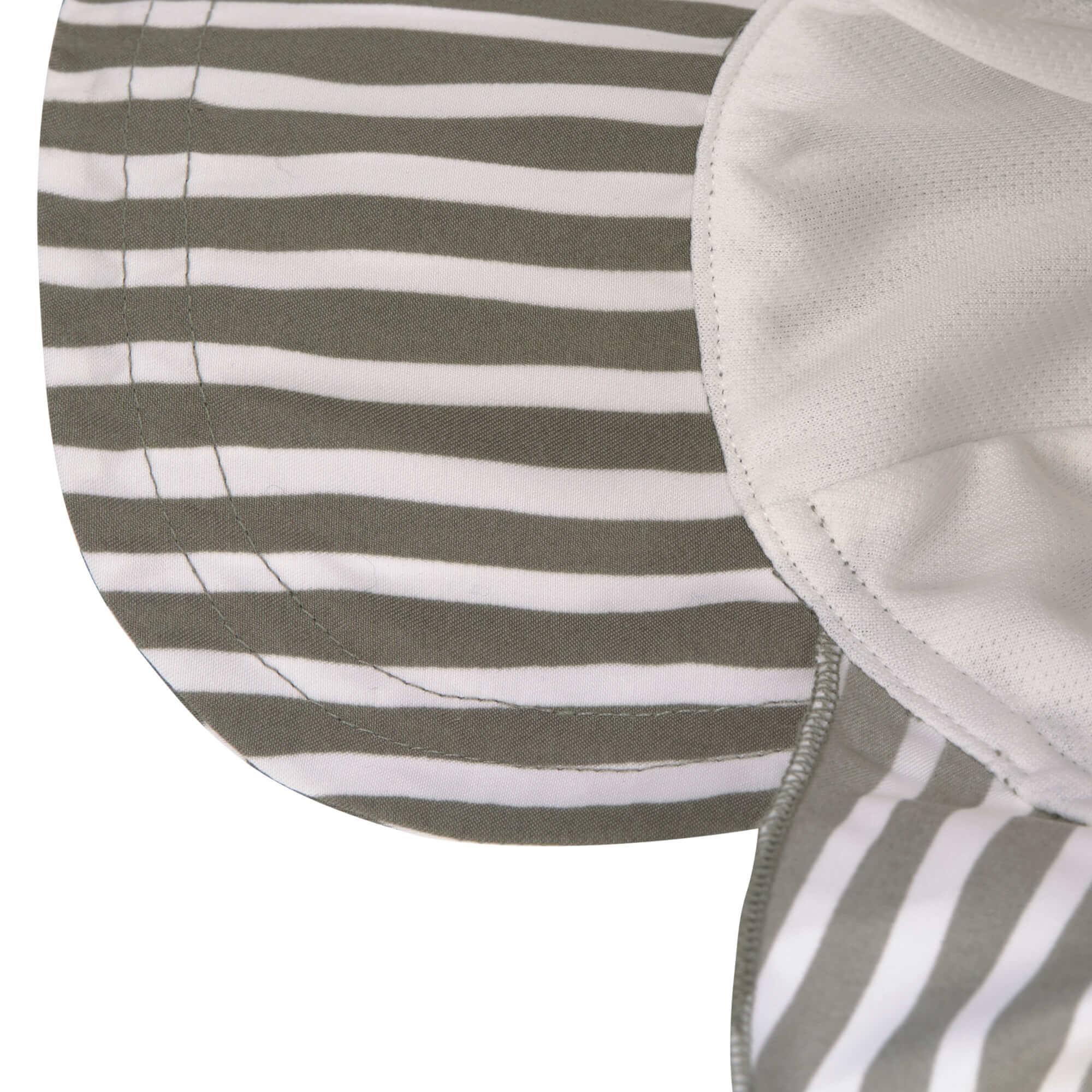 Lässig Lässig Splash & Fun Sun Protection Zonnehoed Flaphoed met UV bescherming - Stripes olive 19-36 maanden, Maat: 50/51
