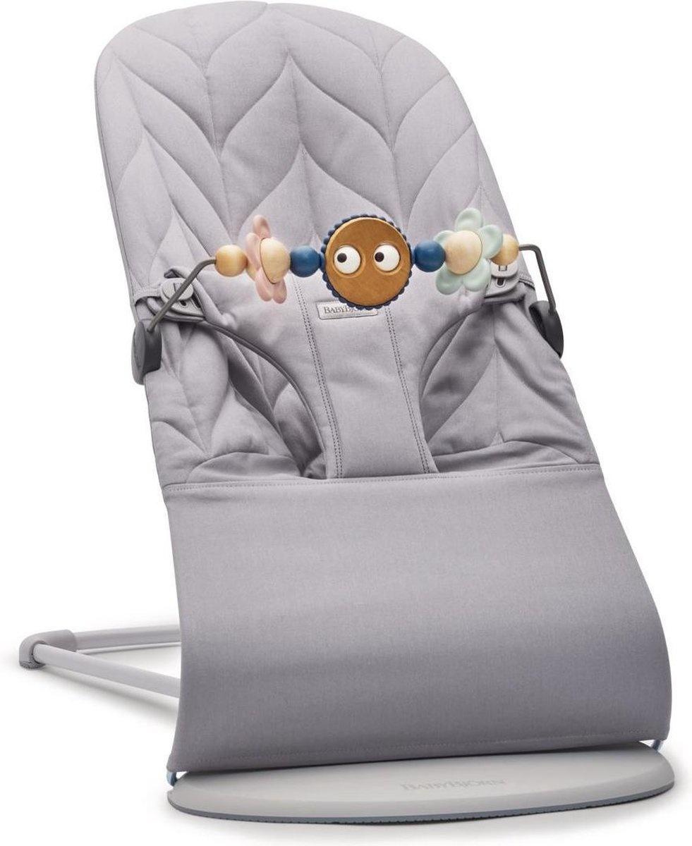 BABYBJÖRN Wipstoeltje Bliss Lichtgrijs frame Lichtgrijs Cotton Kroonblad quilt incl Speelgoed Ondeug