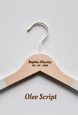 Personalised baby hangers (8 pieces)