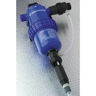 Dosing pump adjustable from 0.2 to 1.5 % with external injection