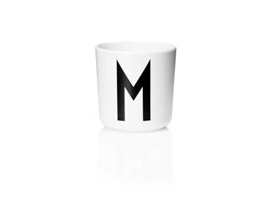 Design Letters - Drinkbeker M - Q