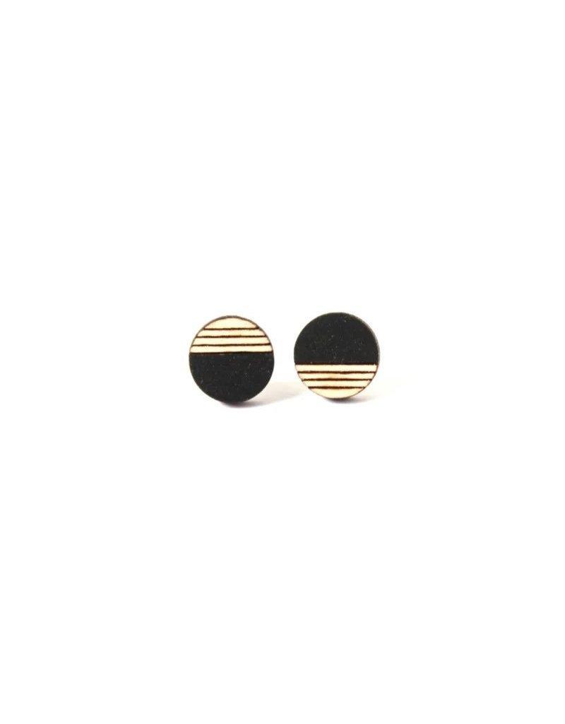 Ella Marie Ella Marie - Oorstekers Cirkel (klein) met gravure - Zwart