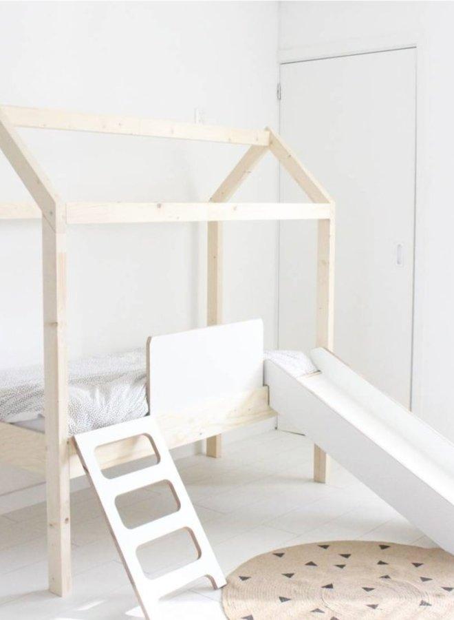 Manowoods - Bedhuisje Desafio met glijbaan