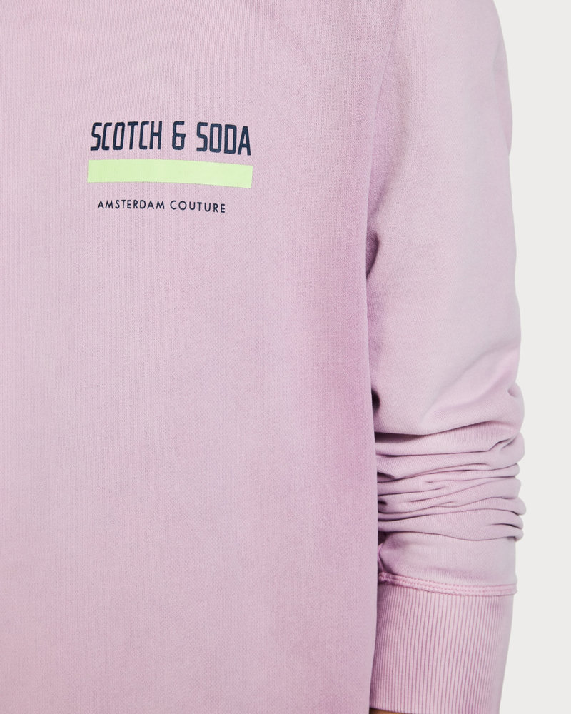 Scotch&Soda 148952 Bright crewneck sweat with special washing and artworks 0504