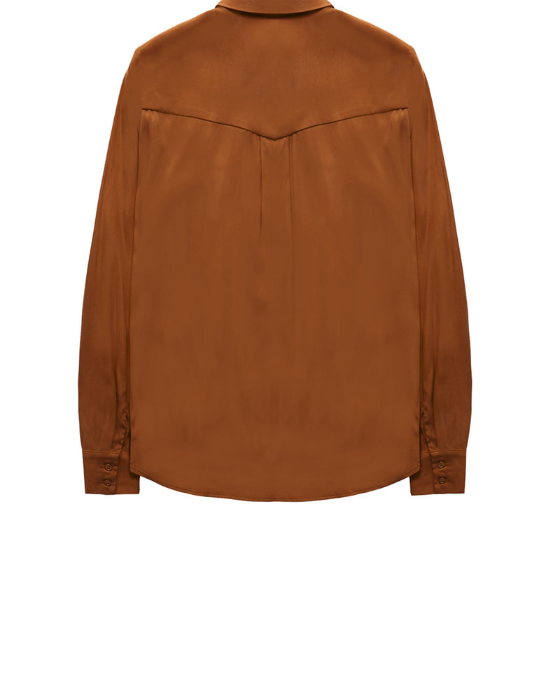 10 FEET 840016 7707-Caramel western inspired blouse with pleats and pointy collar in lux